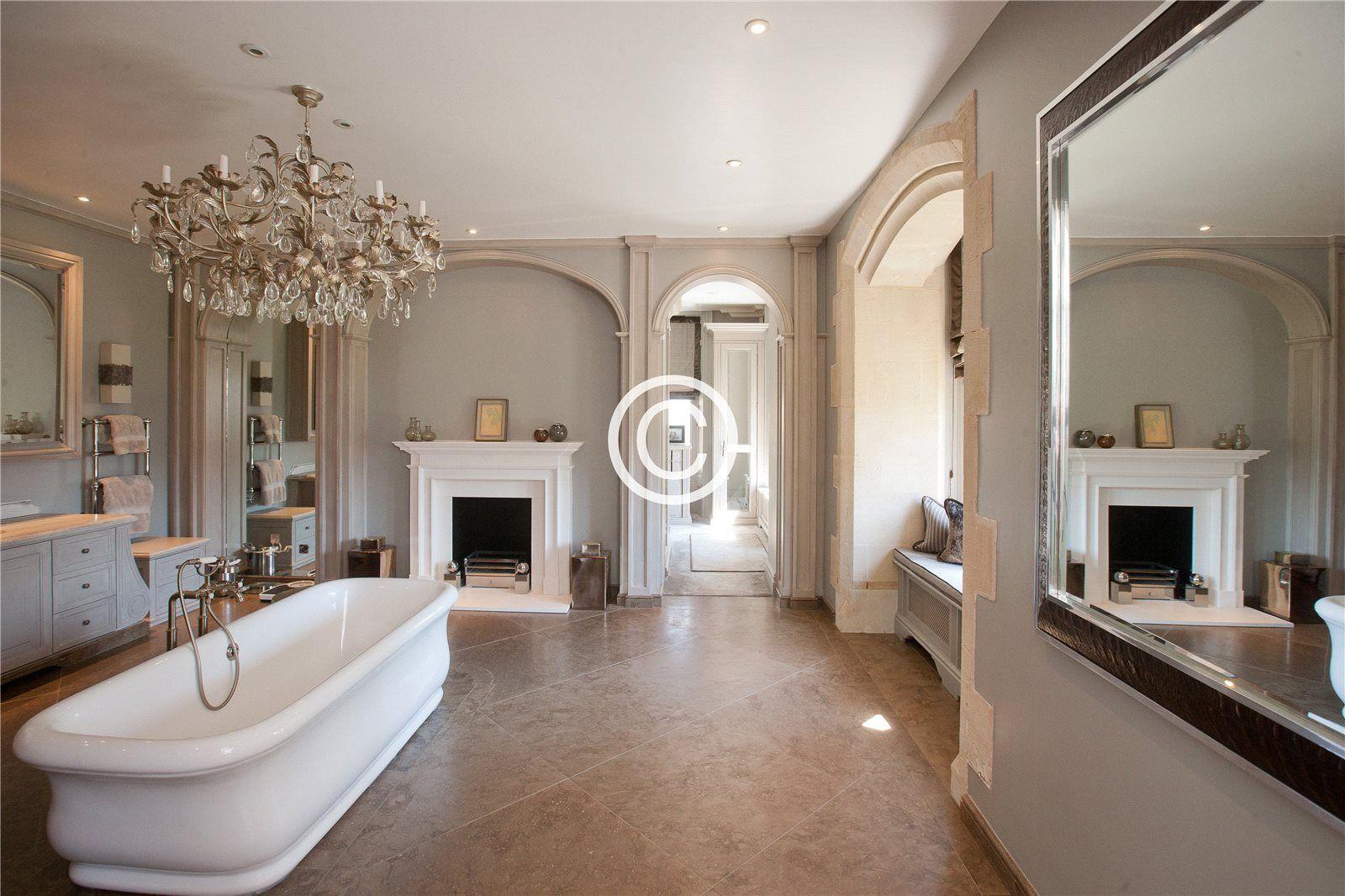 North Aston Hall - Master Bathroom