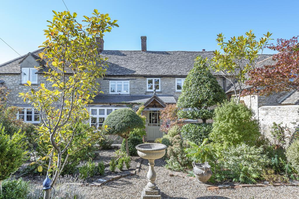 4 bedroom cottage, East End, North Leigh