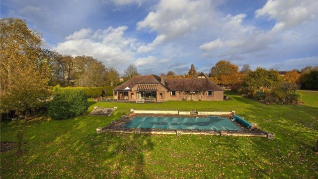 Property for sale Church Hill Little Milton OX44