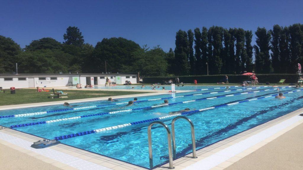 Abbey Meadows Outdoor Pool, Abingdon