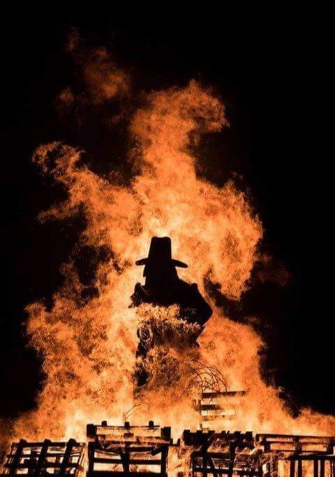 Abingdon Bonfire & Fireworks 2020 - Gallery Image 02