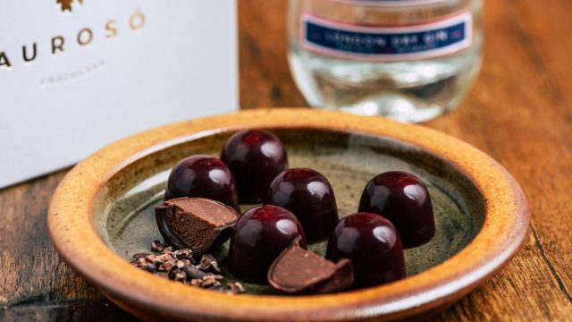 Albino Flamingo Gin Chocolate Bonbons by Aurosó Chocolate