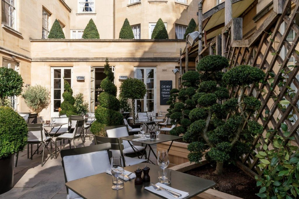 Alfresco Dining in Oxford City - Quod Restaurant at Old Bank Hotel