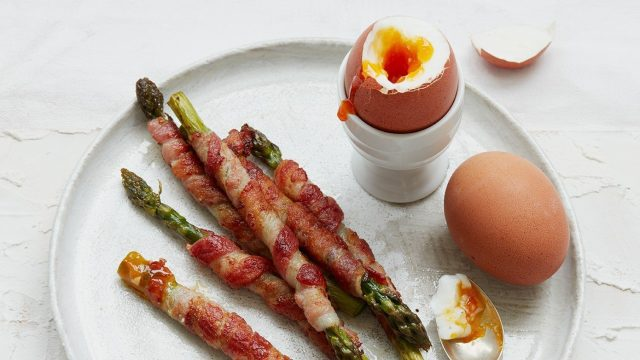Asparagus Soldiers with Soft Boiled Eggs