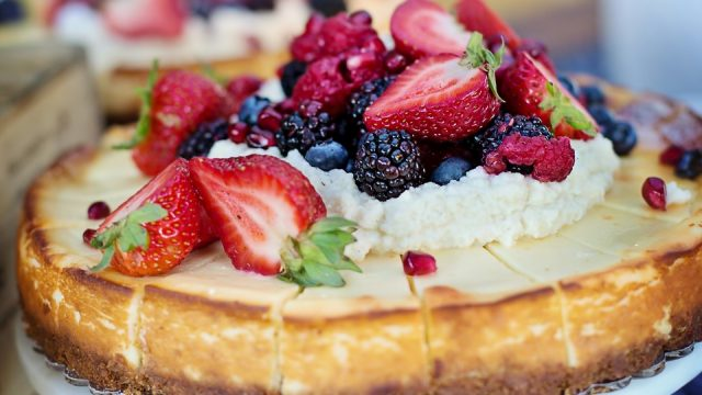 Baked Cheesecake with Summer Berries Recipe