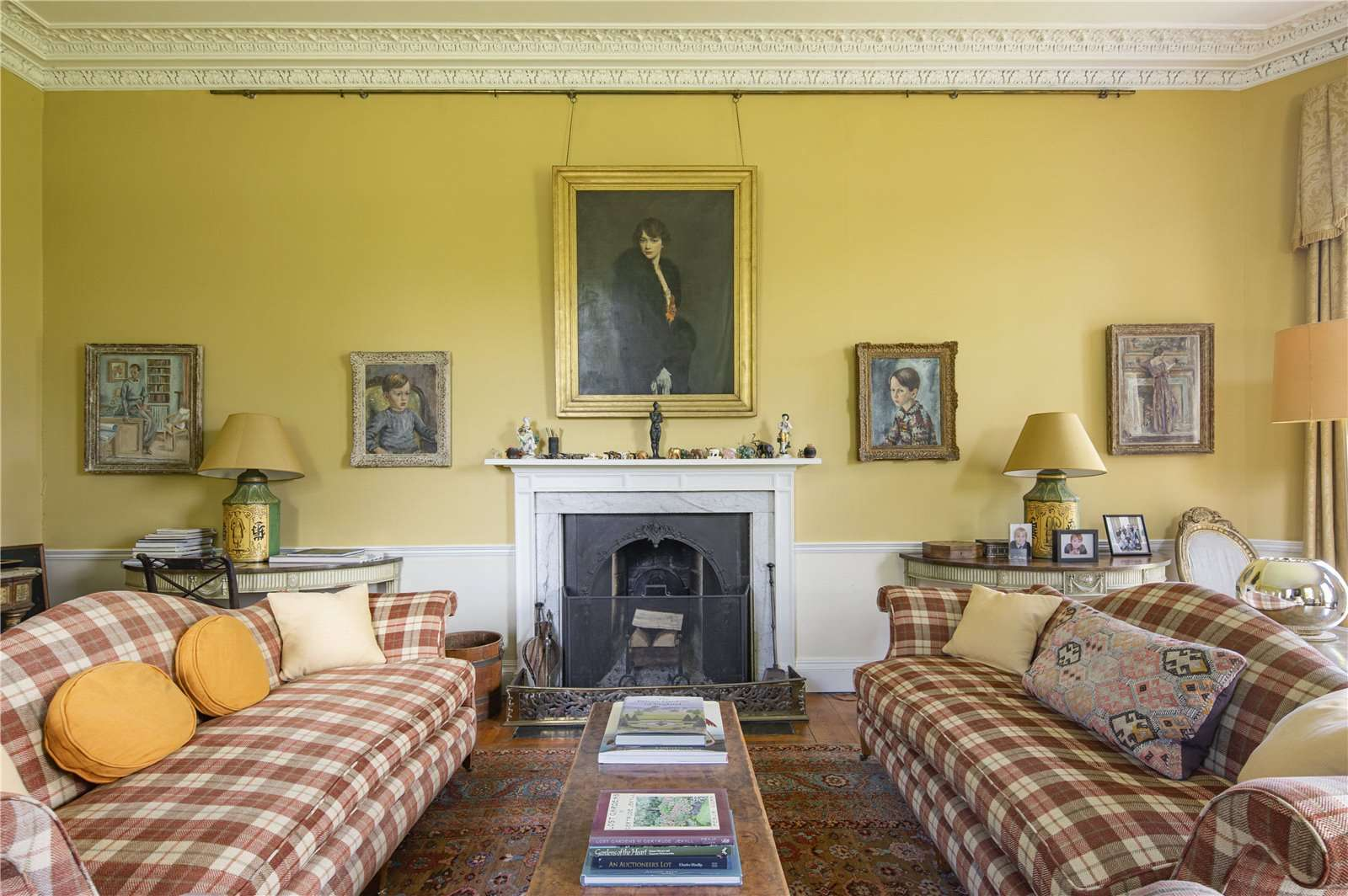 Beauforest House, Wallingford - Image Gallery 07 - Drawing Room