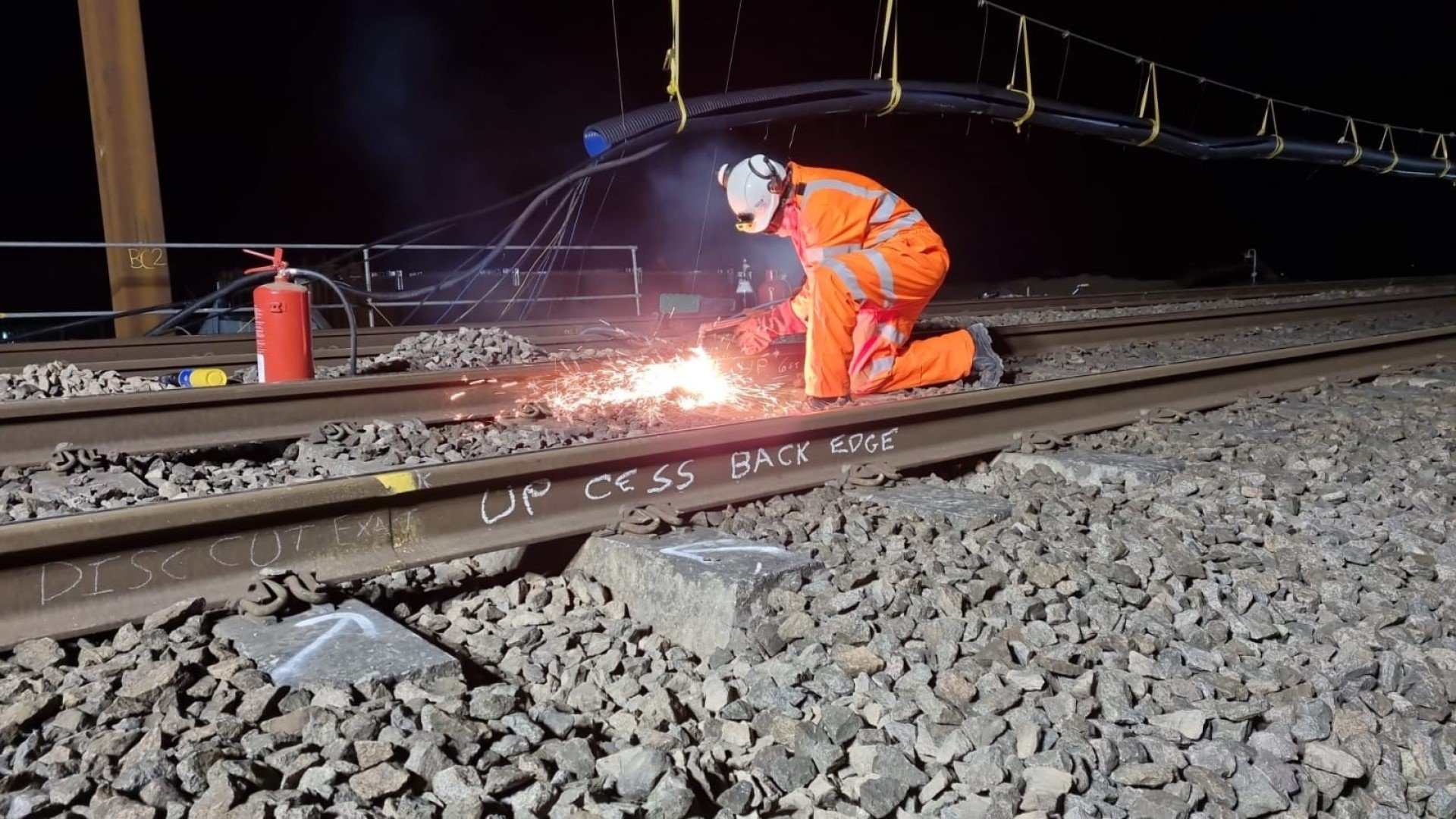 Bicester: Railway underbridges installed in a four-day operation
