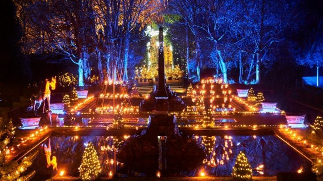Blenheim Palace Illuminated Christmas Lights Trail 2021
