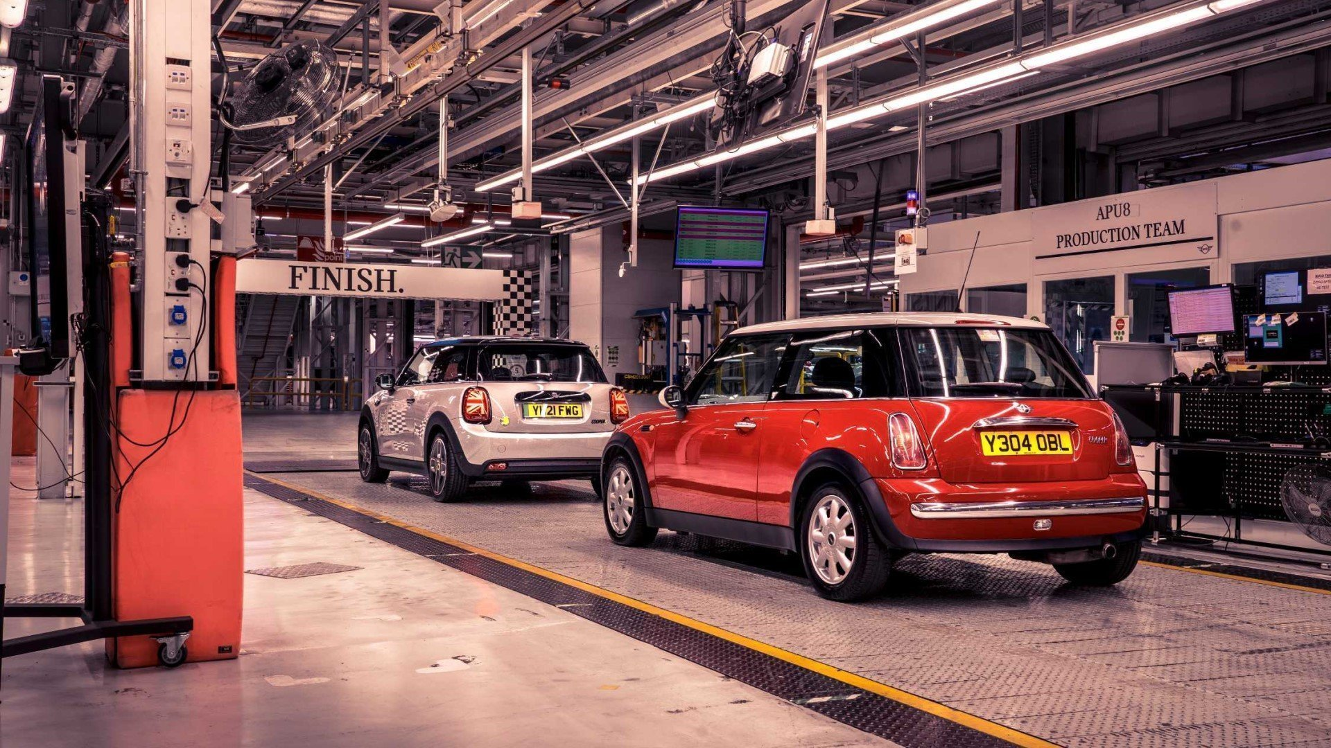 BMW secures £26.2m funding to develop EV battery in Oxford