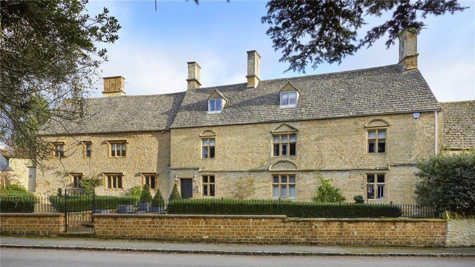 Brandon House, Manor Road, Sandford St. Martin, Chipping Norton, Oxfordshire