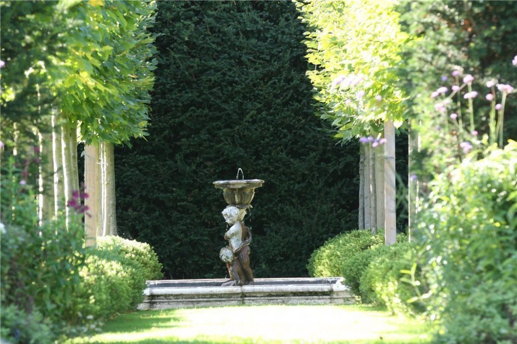 Brandon House, Manor Road, Sandford St. Martin, Chipping Norton, Oxfordshire - Gallery Image 14 - Square Garden