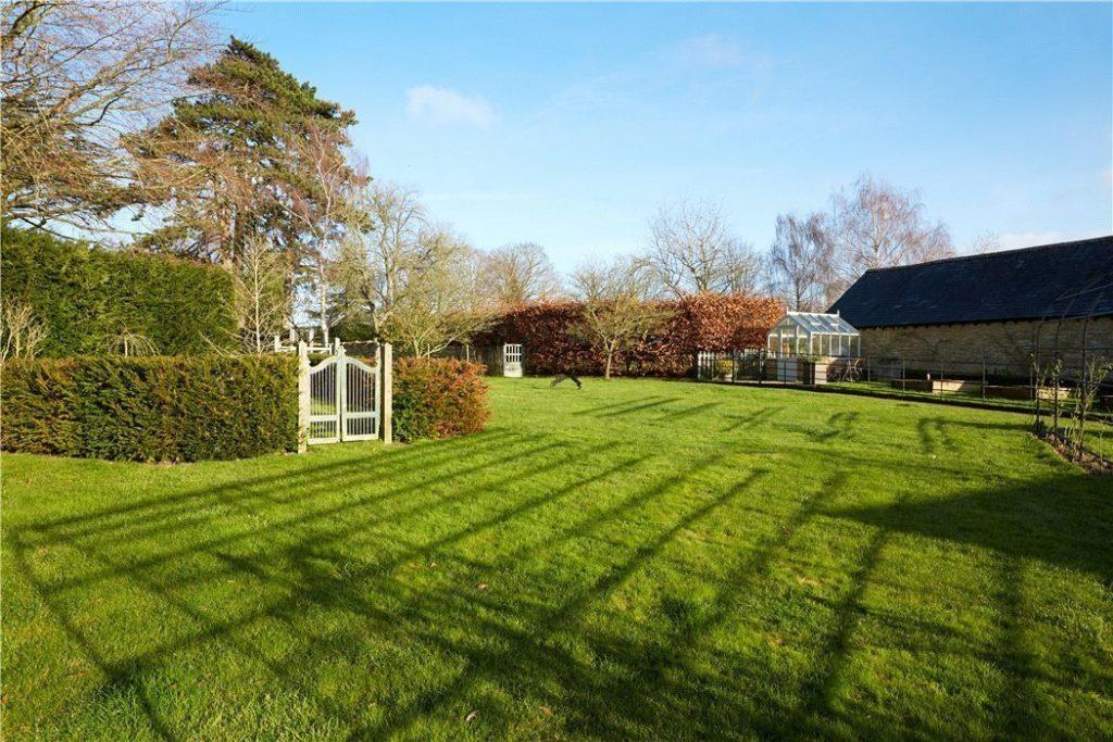 Brandon House, Manor Road, Sandford St. Martin, Chipping Norton, Oxfordshire - Gallery Image 15 - Landscaped Garden