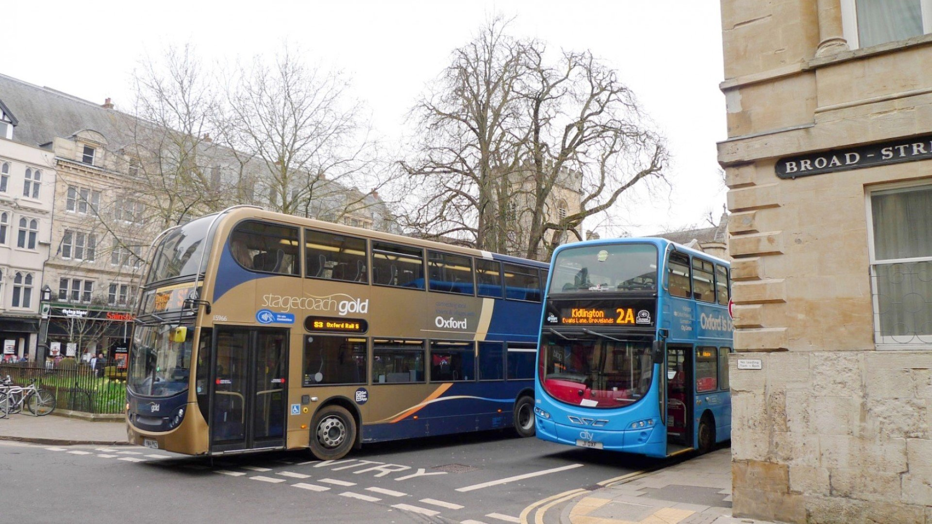 Oxfordshire County Council looks to an electric bus future