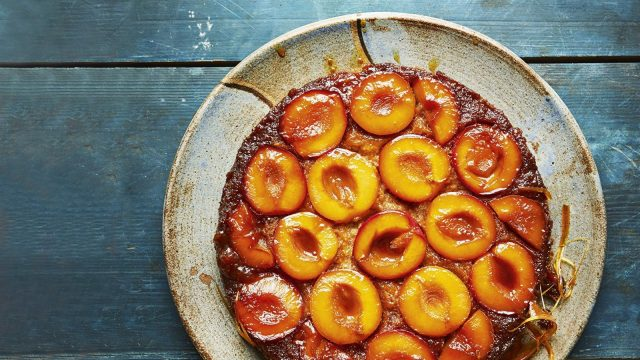 Caramelised Plum Upside-down Cake