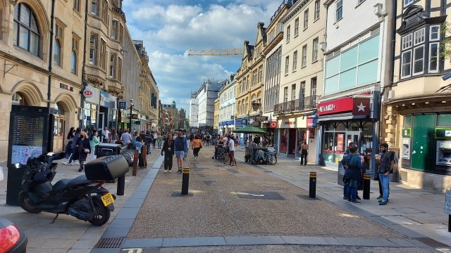Oxfordshire COVID-19 cases on the rise in young people