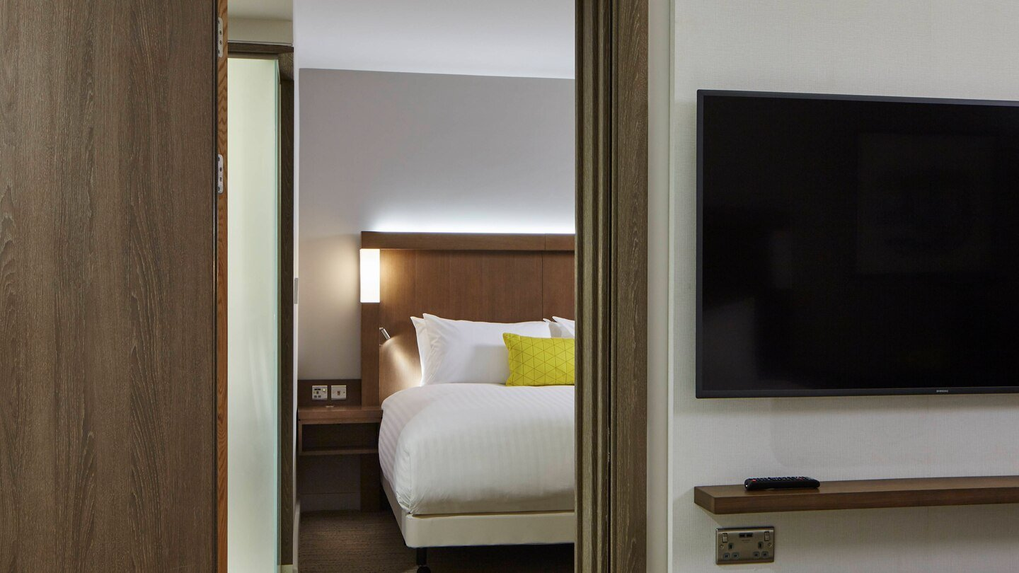 Courtyard by Marriott, Oxford South in Milton, Abingdon - Connecting Guest Rooms