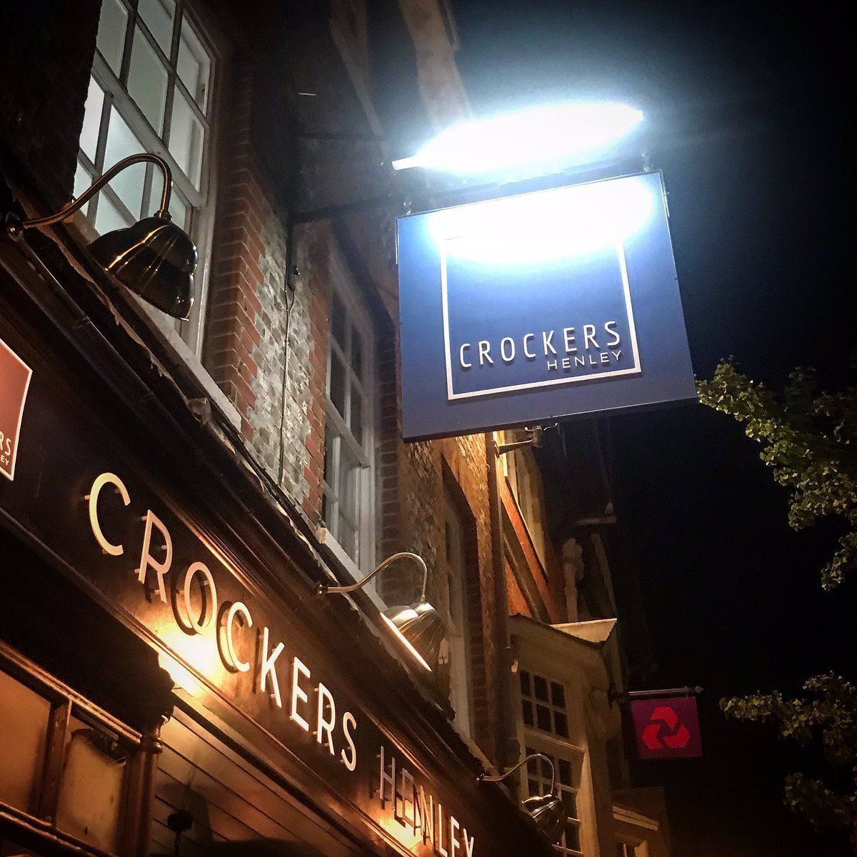Crockers Henley, Henley-on-Thames, Oxfordshire - Gallery Image 01