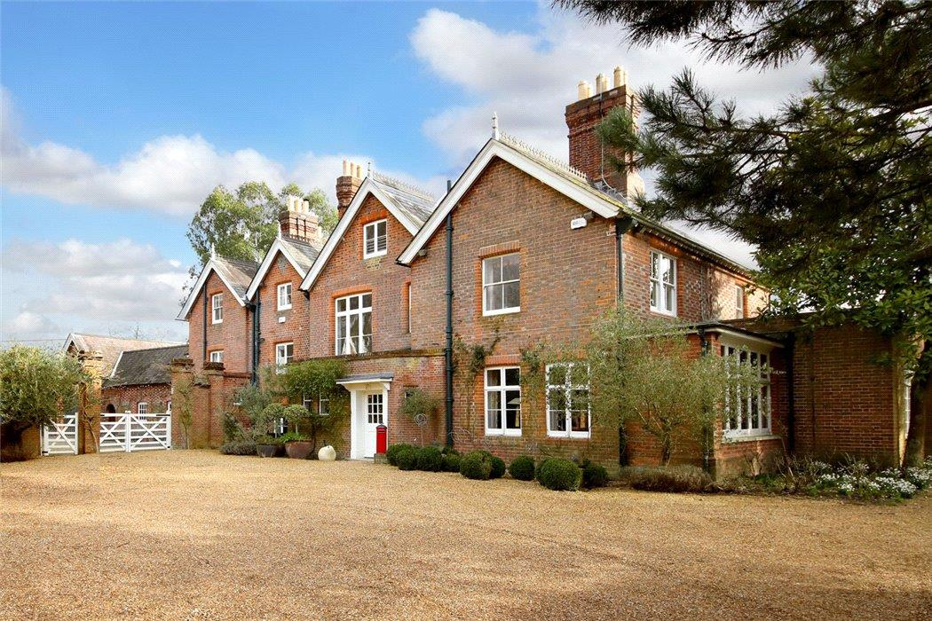 Crocker End House, Nettlebed, Henley-on-Thames - Gallery Image 20