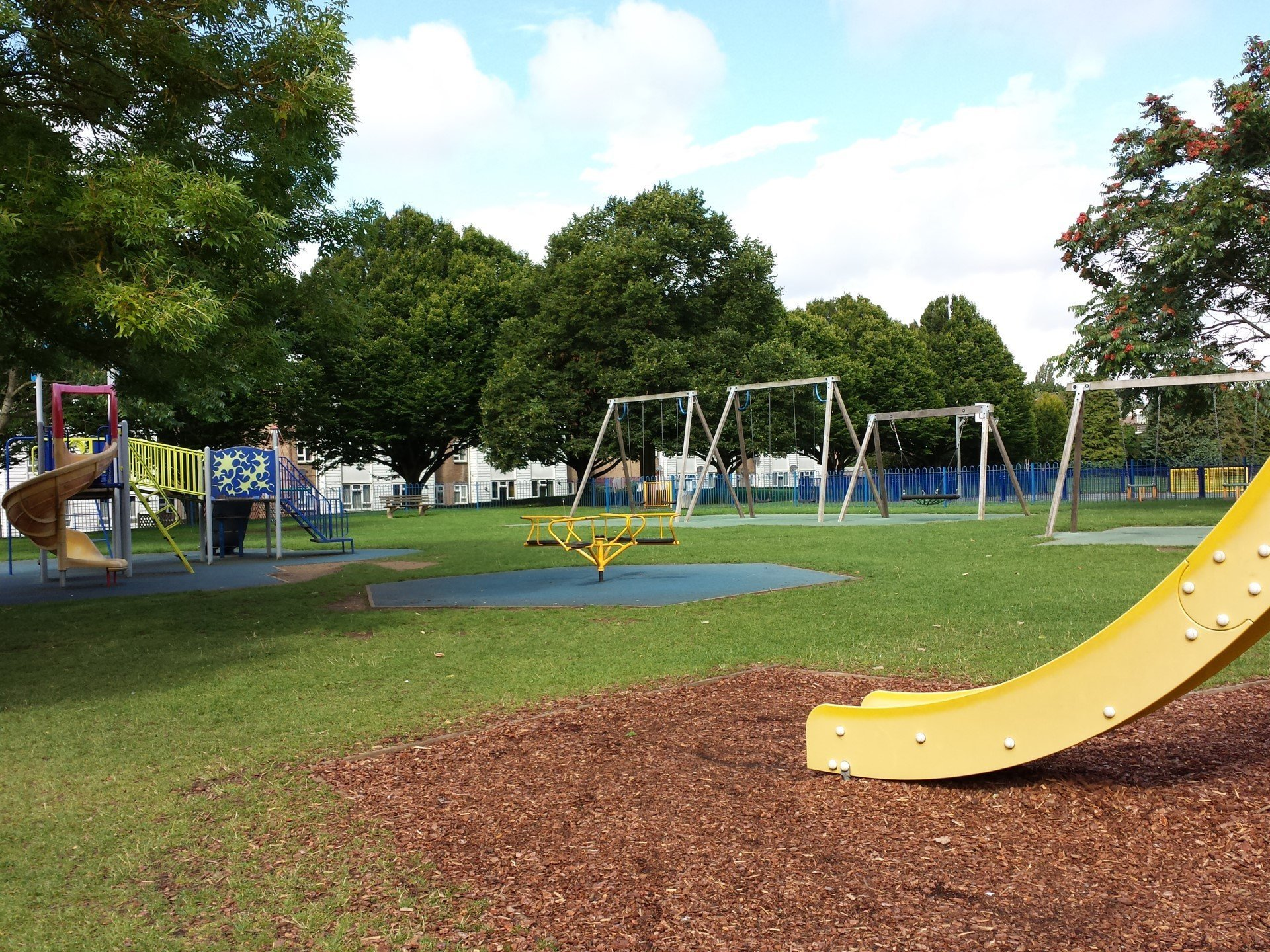Cutteslowe and Sunnymead Park - Kids Play Area