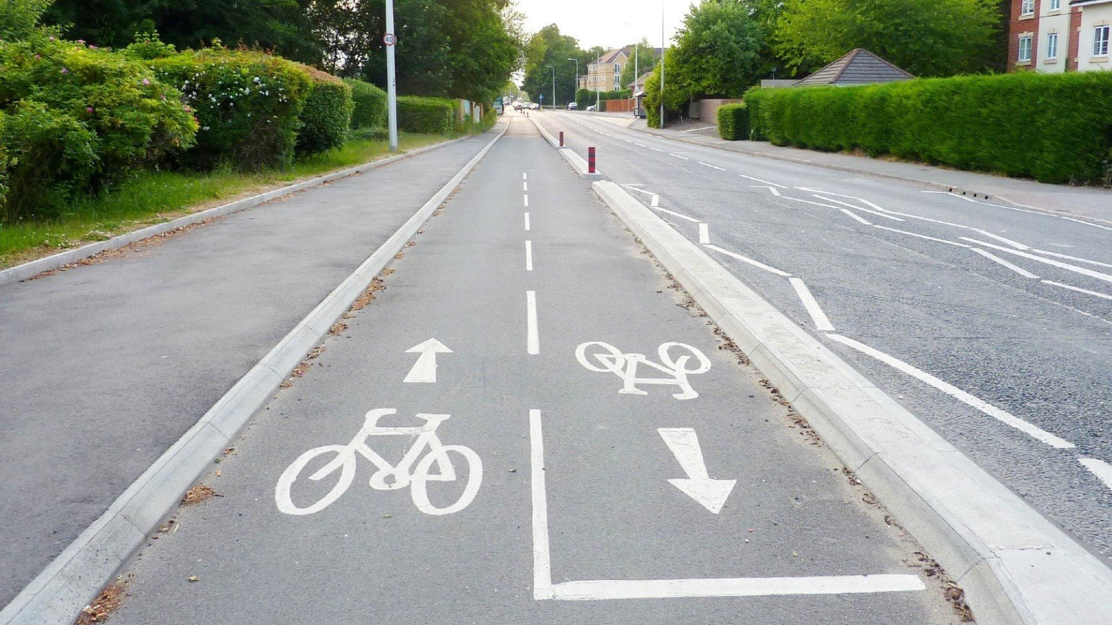 Work on new cycling and walking improvements to start in Bicester and Witney