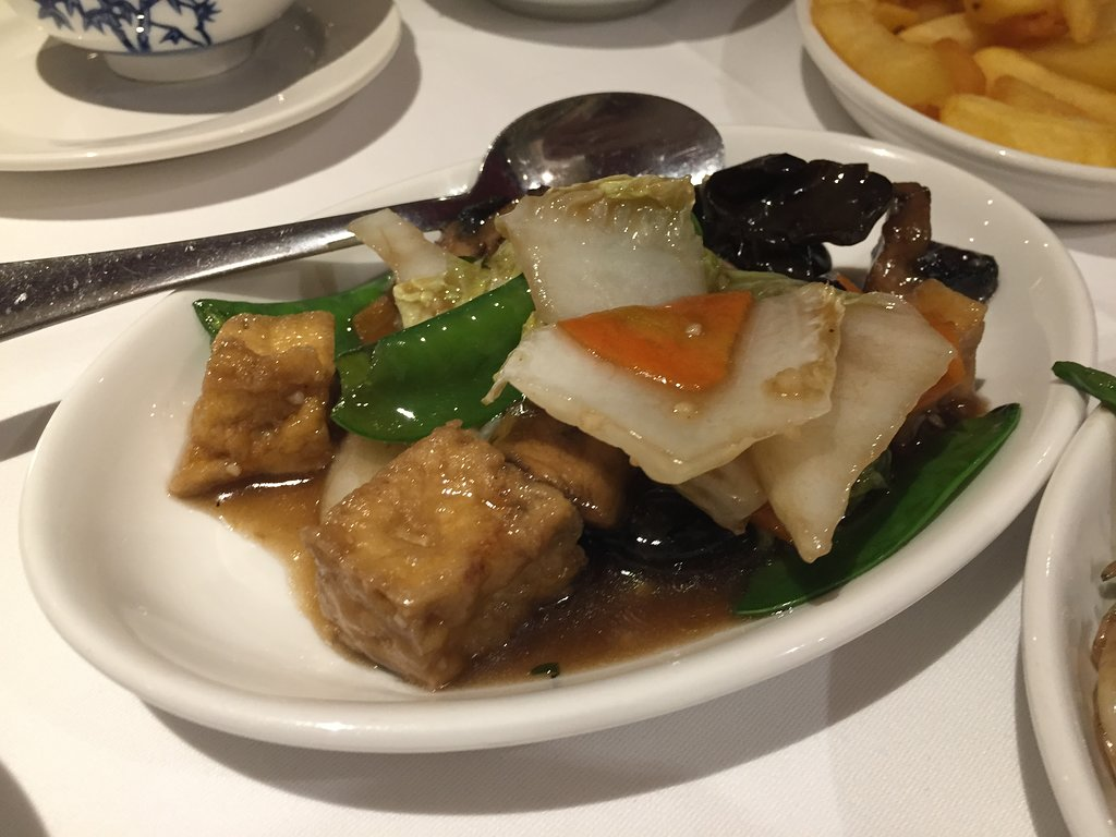 Eat China, Bicester - Chinese Restaurant - Galley Image 09