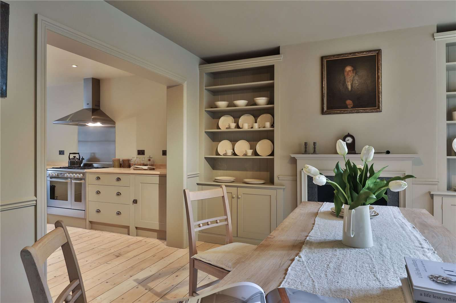 An elegantly-proportioned Victorian house on Woodstock Road in Oxford - Image Gallery 08 - Kitchen