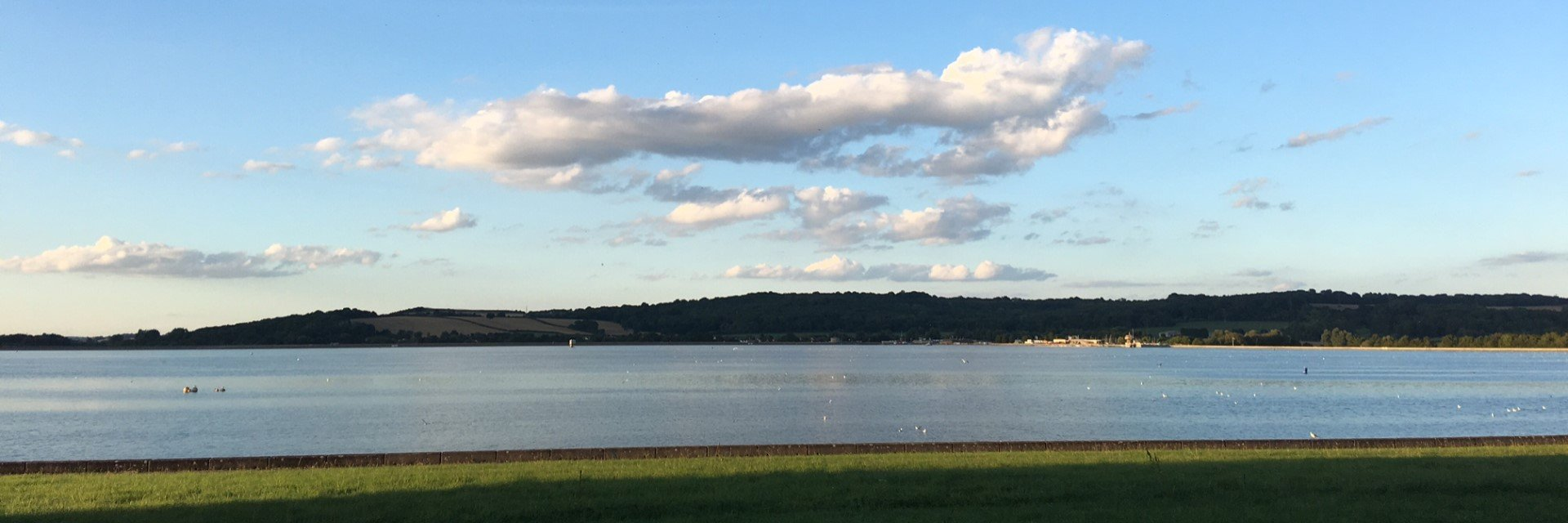 Great Days Out: Panoramic View of Farmoor Reservoir in Oxfordshire