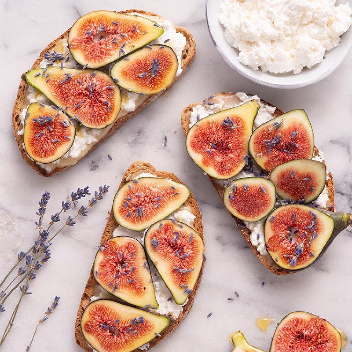 Figs, Ricotta and Honey Toast Recipe