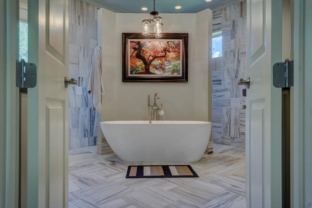 Our top 3 elegant bathroom trends for 2021 - Freestanding Bathroom