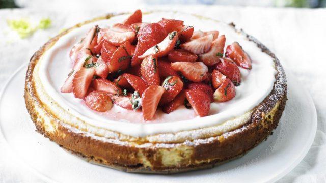 Strawberry & Vanilla New York-style Cheesecake Recipe