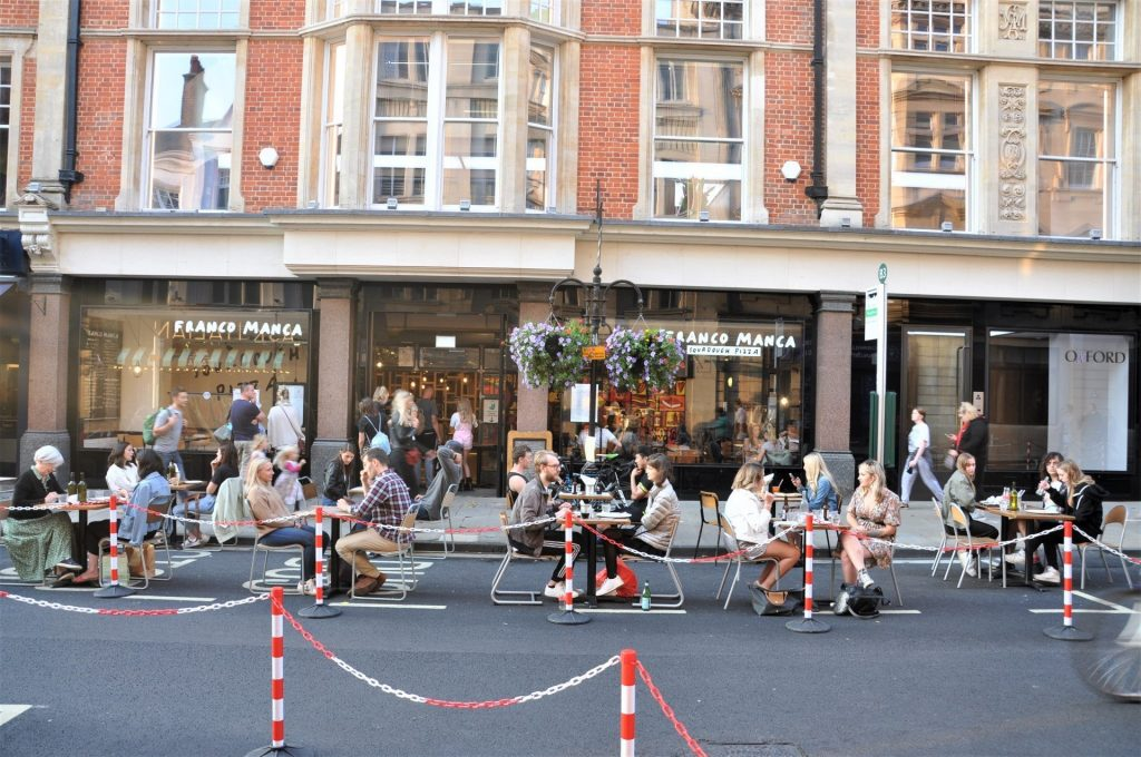 Oxford's George Street part-pedestrianised to support local restaurants and cafes - Image 03