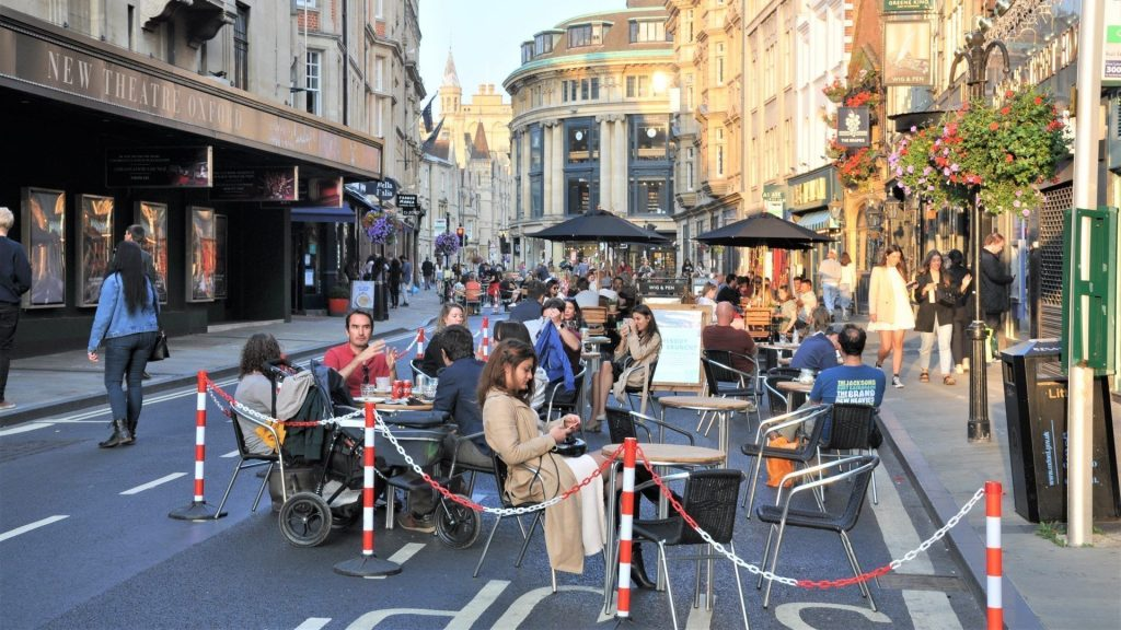 Oxford's George Street part-pedestrianised to support local restaurants and cafes