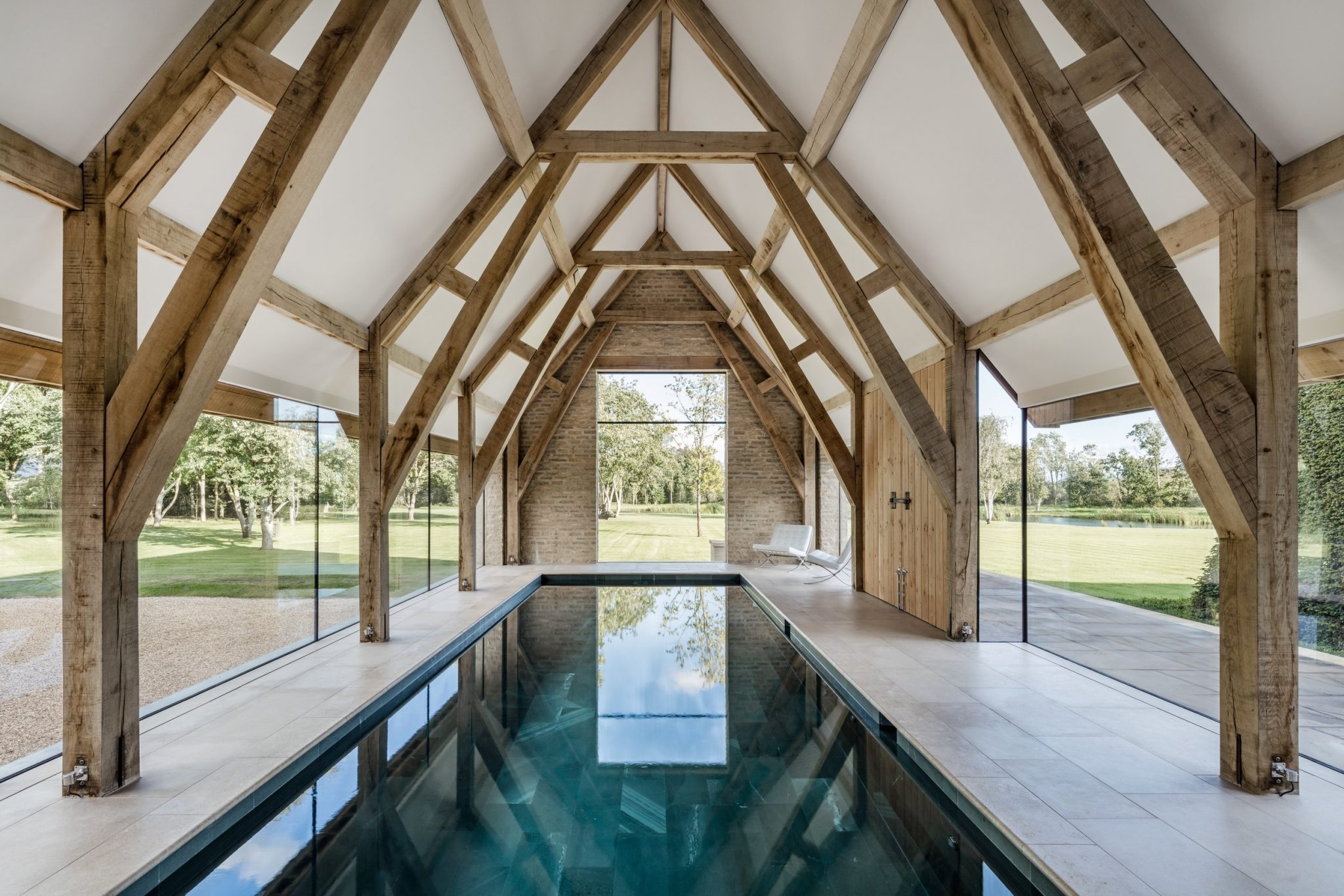 Georgian Manor House Oxfordshire Interior Design Image Gallery - 09 Swimming Pool