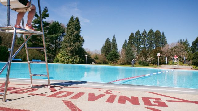 Hinksey Heated Outdoor Pool, Oxford