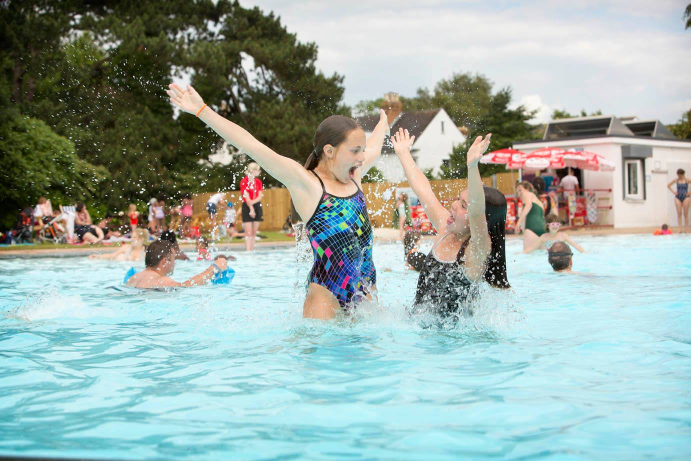 Hinksey Heated Outdoor Pool, Oxford - Gallery Image 06