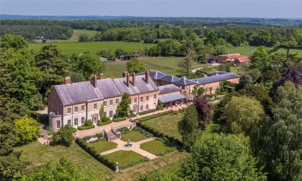 Holmwood Country House, Binefield Heath, Henley-on-Thames, Oxfordshire - Arial View