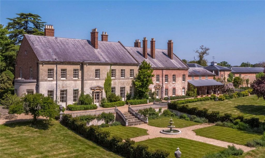 Holmwood Country House, Binefield Heath, Henley-on-Thames, Oxfordshire - Southerly Aspect