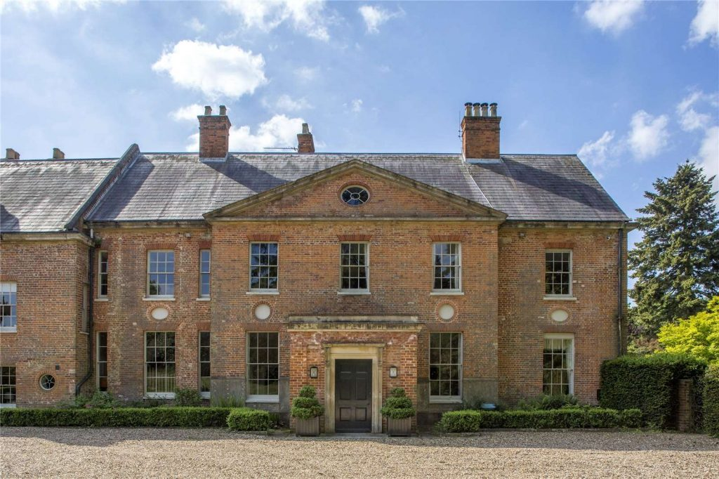 Holmwood Country House, Binefield Heath, Henley-on-Thames, Oxfordshire - Front of House
