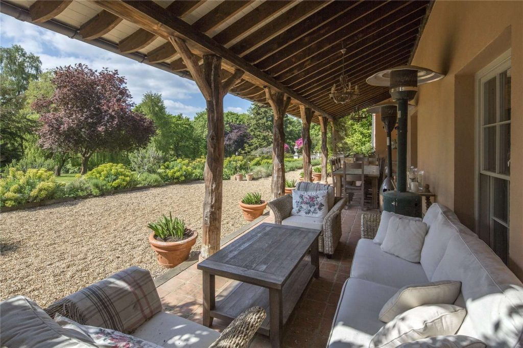 Holmwood Country House, Binefield Heath, Henley-on-Thames, Oxfordshire - Veranda