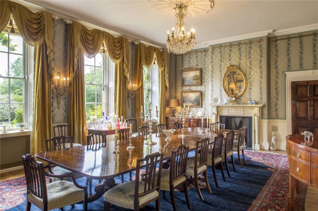 Holmwood Country House, Binefield Heath, Henley-on-Thames, Oxfordshire - Dining Room