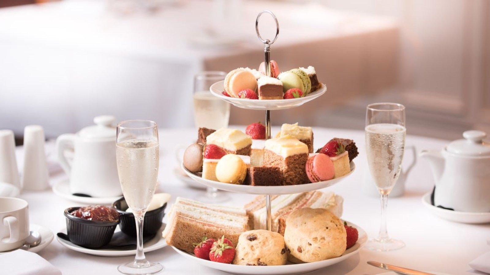 Indulgent Country House Afternoon Teas near Oxford