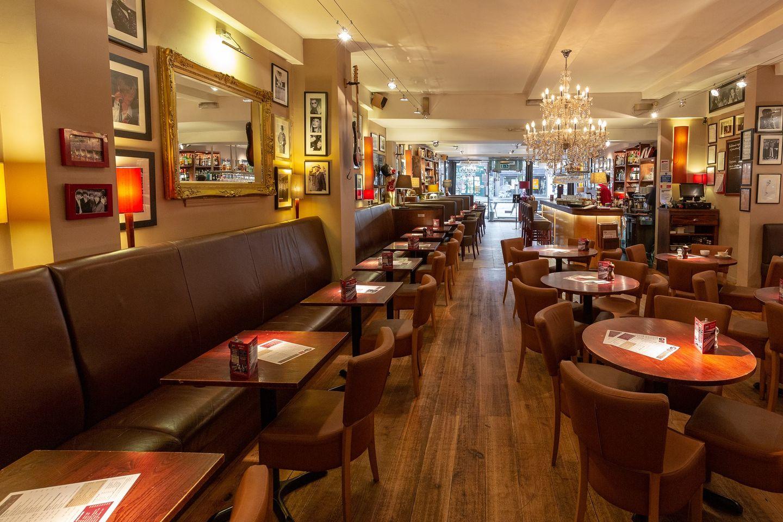 Joe's Bar & Grill, Summertown, Oxford - Gallery Image 06