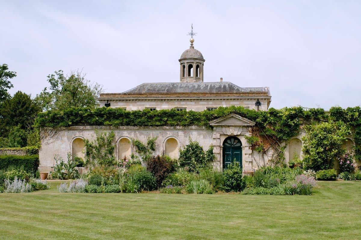 Kirtlington Park Wedding Venue in Oxfordshire Gallery 11