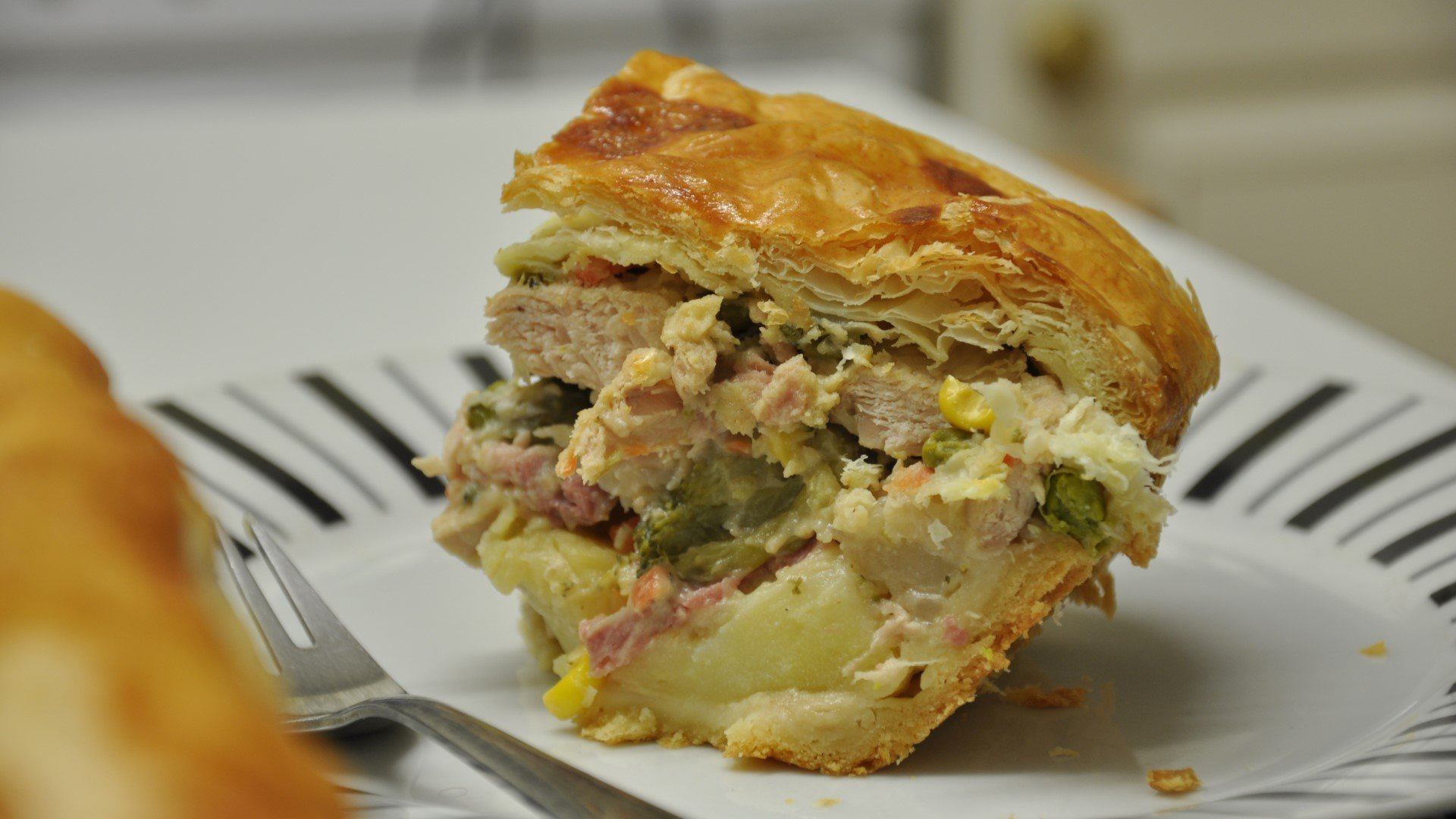 Deep-filled Leftover Turkey Pie Recipe