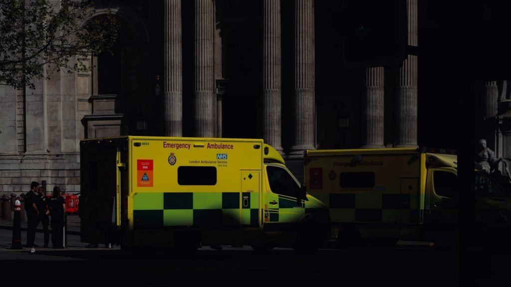 UK records new daily high of 1,820 deaths from COVID-19