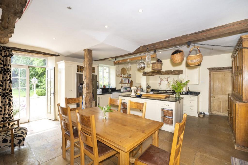 Lower Court Estate - Lower Court Manor House Kitchen
