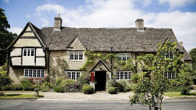 Old Swan Minster Lovell Oxfordshire Pub Hotel Spa Exterior