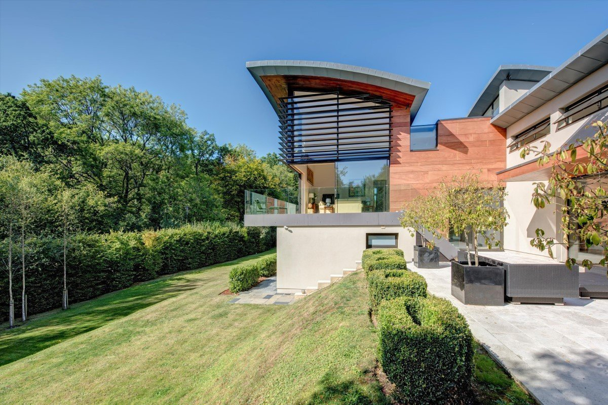 Ossicles: A stunning and unique five-bedroom detached house in Newnham Hill Henley-on-Thames Oxfordshire Gallery Image 19