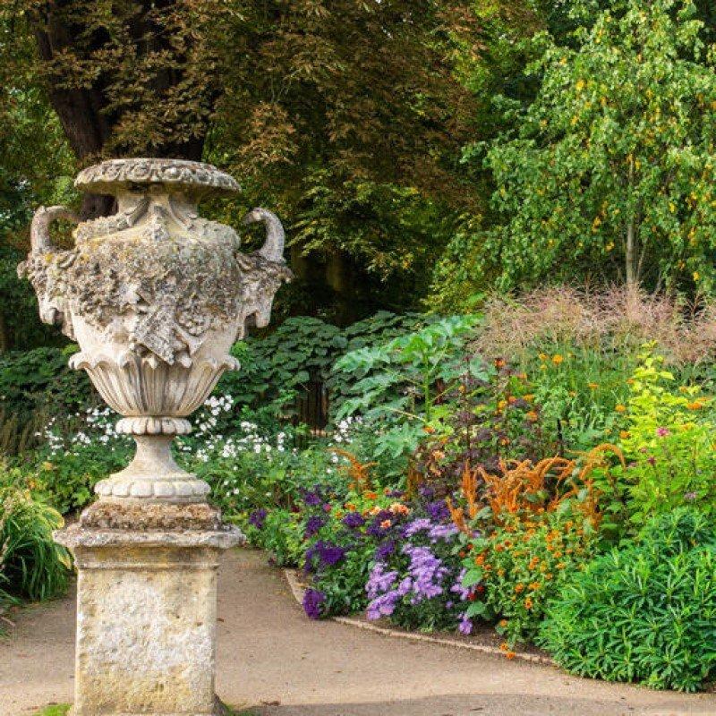 Oxford Botanic Garden Opening Hours - September and October