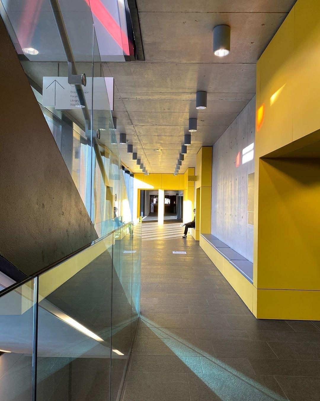 Oxford Brookes University Headington Campus - Gallery Image 10